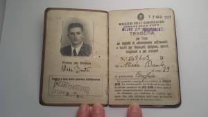 L'orafo e artista Dante Meda, fototessera abbonamento mezzi pubblici Milano (1943)
