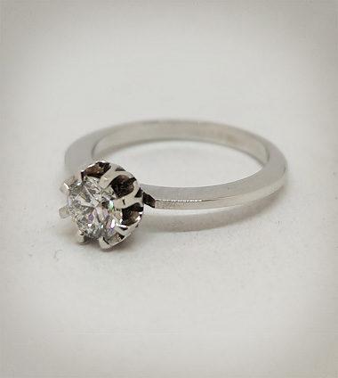 Anello in oro bianco e diamante, solitario per fidanzamento, modello Vintage